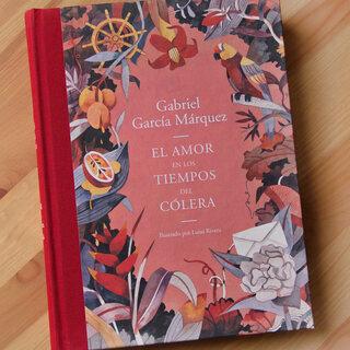コロンビアの作家ガルシアマルケスの「コレラの時代の愛」をコロンビ...