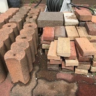 インターロッキング ブロックの画像