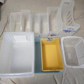 【引越しまとめ出品中】プラスチックケース各種セット