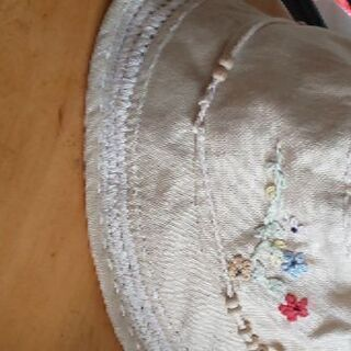 女の子の帽子(サイズが55と記載されてました)