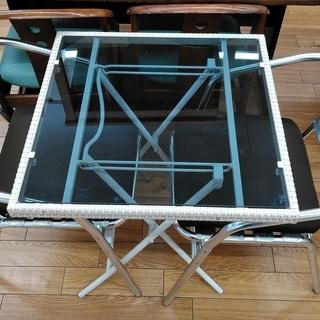 ガーデニングテーブル・イス2脚セット