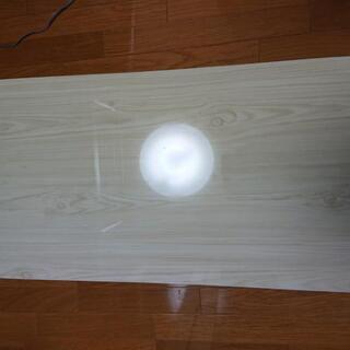 木目鏡面テーブル