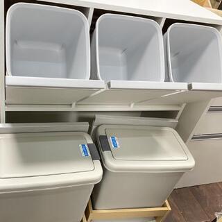 分別ゴミ箱 キッチン収納 キレイです。