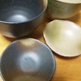 新品✨和風焼き物 ペアのどんぶり鉢と小皿のセット