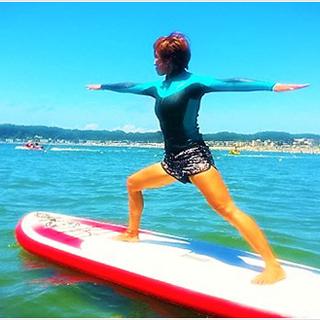 【サップヨガ体験】波間に浮かぶボードの上で極上のヨガ体験!!!