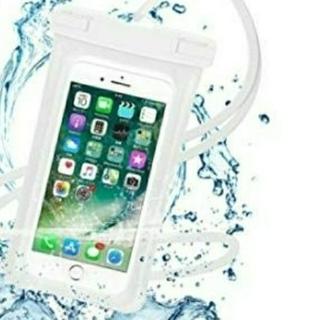 【新品未使用】スマホ防水ケース 高防水性 PVC素材 ホワイト