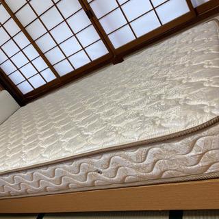 シングルベッド本体 マットレス付き 白基調