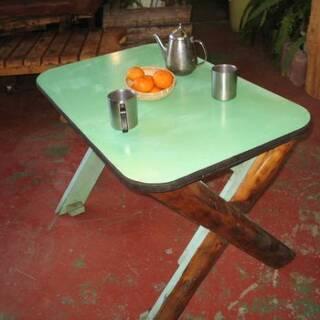テーブル カントリー風 ハンドメイド 引取りでお願いします。