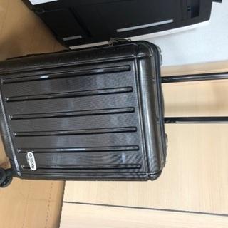 OUTDOORキャリーバッグ キャリーケース スーツケース無料