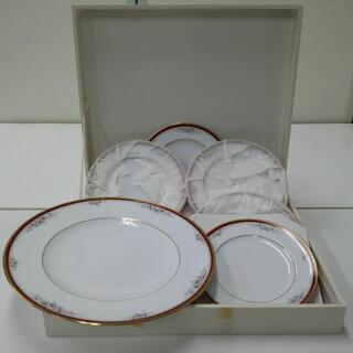 noritake  大皿と小皿