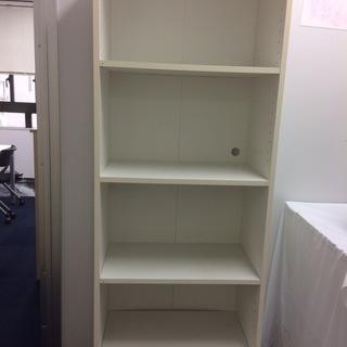5段の本棚無料で差し上げます!2つあるので、1つまだあまりがあります。