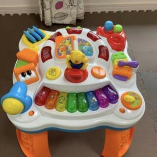 音が出る 子どものおもちゃ アクティビティテーブル