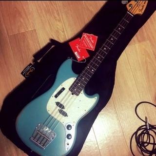 Fender ムスタングベース