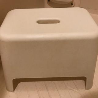 風呂場の【椅子】¥200