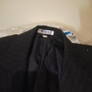 転売ok 伊勢丹スーツや舞台衣装、服フリマ