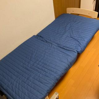 折り畳み式シングルベッド差し上げます。