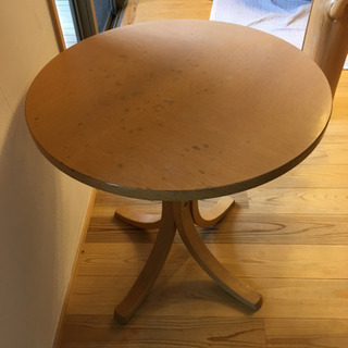 天童木工 サイドテーブルの画像