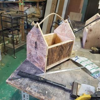廃材を利用した木工教室