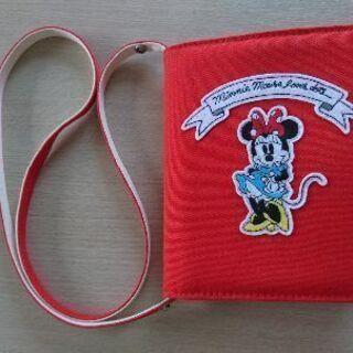 ユニクロ ミニーマウス ショルダーバッグ
