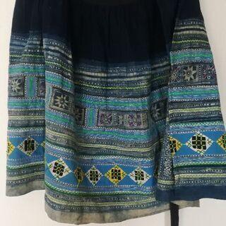 ベトナム サパ 藍染巻きスカート 少数民族
