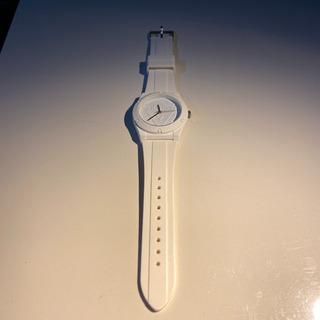 GUESS ゲス 腕時計 白色