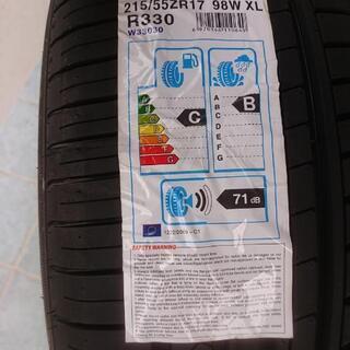 新品輸入タイヤ4本  215/55-17