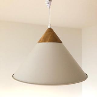 使用一年未満 北欧テイスト 照明(ホワイト)