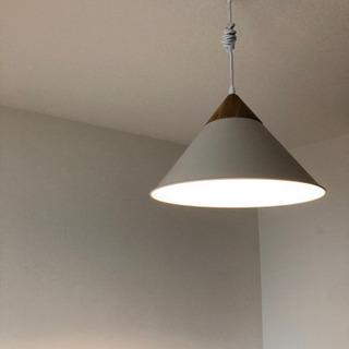 使用一年未満 北欧テイスト 照明(ホワイト) - 文京区