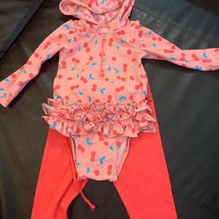 baby gap水着とラッシュガードレギンスセット