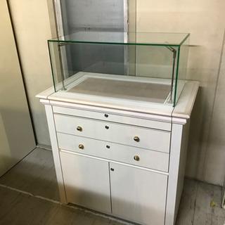 JF00719 ガラスショーケース【ジャンク品】鍵付き