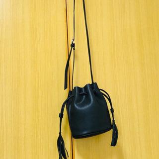 H&M✨黒色ショルダーバッグ