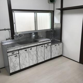 【人気の戸建】トイレ・独立洗面化粧台・浴槽新品! 室内リフォーム...