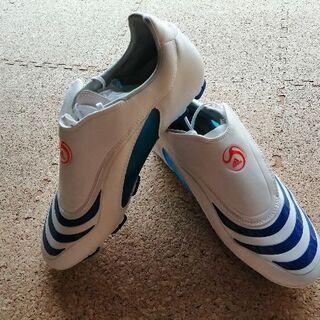 【新品未使用】adidasのサッカースパイク