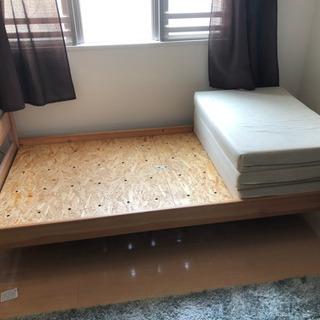 【激安】シングルベッド、マットレス付き