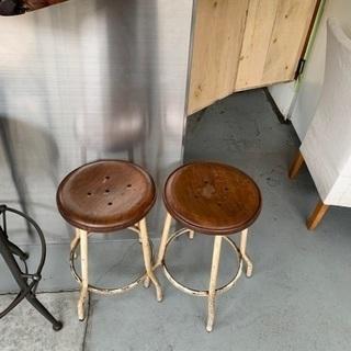 アイアンスツール1台目 カフェ店舗 木製  ウッド ペイント