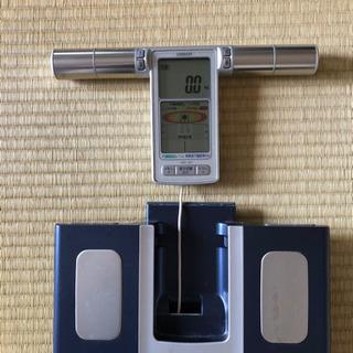 引渡し先決定済)体重・体脂肪計の画像