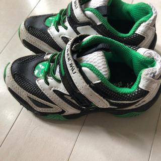 子供靴 スニーカー瞬足 16㎝