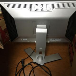 DELL 24インチ ワイド液晶ディスプレイ