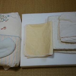 西川 ベビー布団、寝具(りんごの木とおともだち 羽毛組布団7点セット)