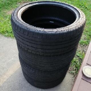 2ヶ月使用のCorsa 2233 225/40 R18  タイヤ4本