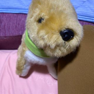 鳴く 動く 歩く 犬のおもちゃ