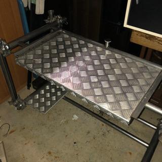 ステンレス シルバーテレビ台 天板スライド式 インテリア家具