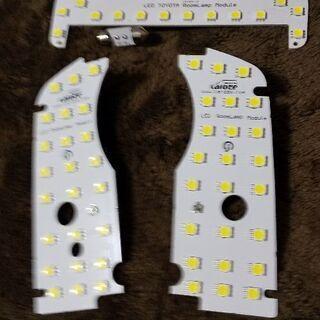 30プリウス用LEDルームランプです