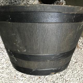 樽型プランター 18号