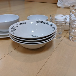 【差し上げます】白系の食器とグラス