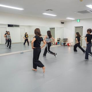 八尾☆ダンススタジオ ✨初心者大歓迎✨ 大人・キッズダンス