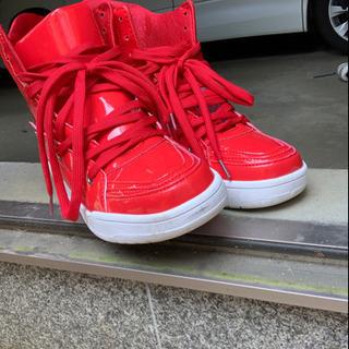 ハイカット靴