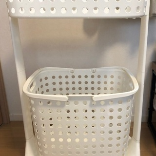 ランドリーラック、洗濯カゴ