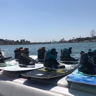 浜名湖でウェイクボード、ウェイクサーフィン体験