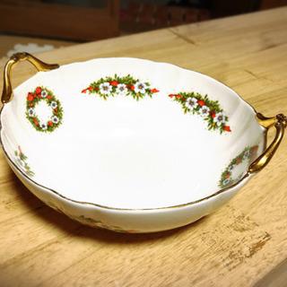 リース柄のお皿差し上げます。